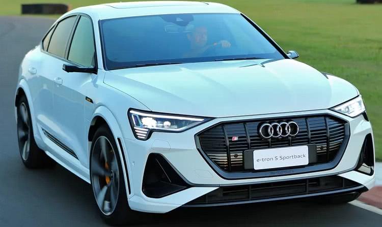 audi-e-tron-fotos AUDI E-Tron 2022 – Carro Elétrico da Audi
